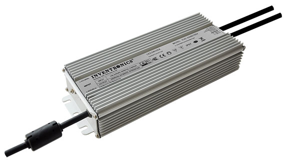 320 Watt drivers ideal for airport, aquaculture and port lighting applications